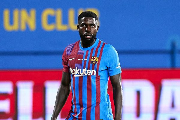 Samuel Umtiti will stay at Barcelona for at least another year
