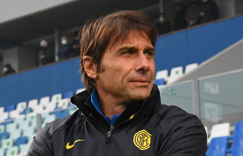 Antonio Conte become one of the list to sit as Arsenal's new head coach. Antonio Conte, Italian coachBecome one of the favorites to sit as Arsenal's new head coach if Mikel Arteta is sacked early this season